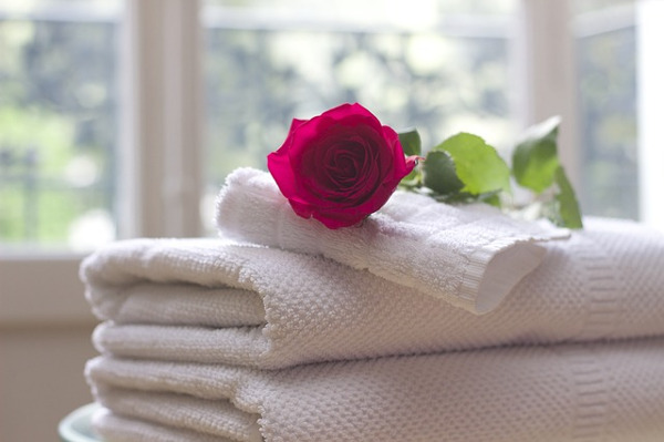 turn your bathroom into a spa with fluffy towels